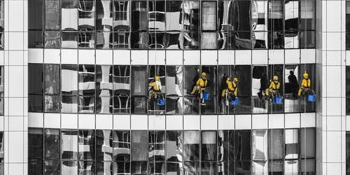 How to find the best cleaners for your commercial building?